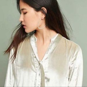 Anthro Maeve Crushes Velvet Button Front Tunic Top